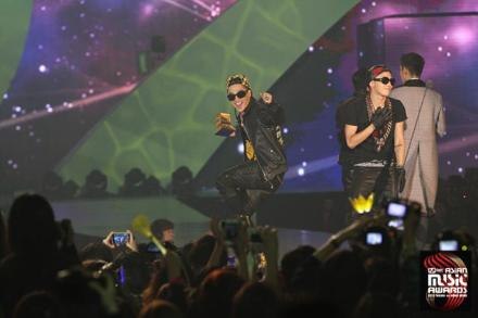 bb_official_mama2012_11